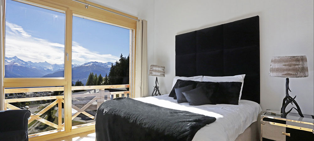 Great photograph of a chalet's bedroom