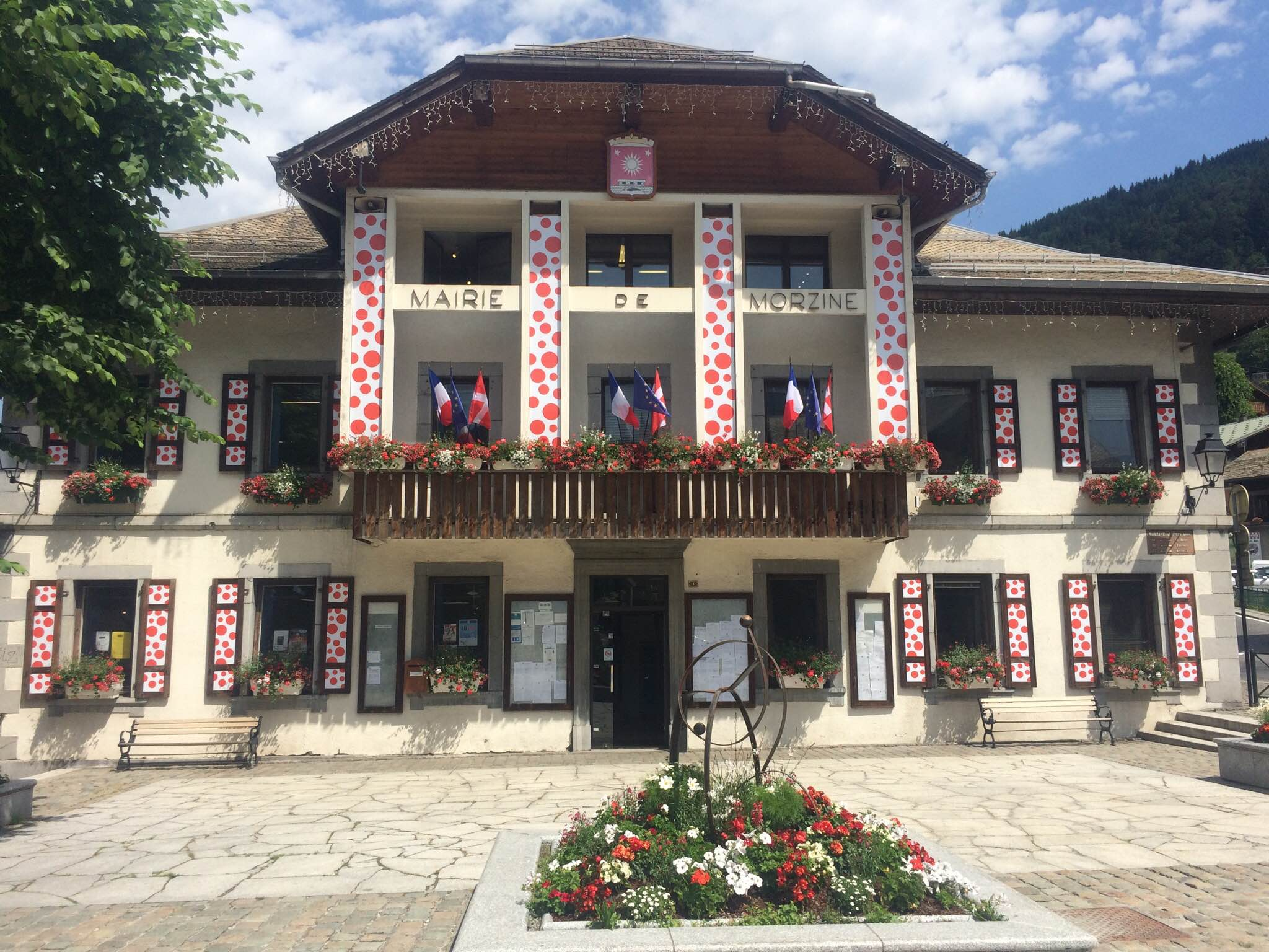 Morzine's gone Polka-Dotty!